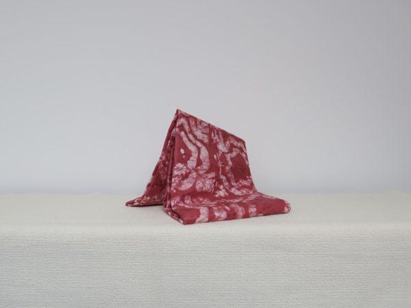 Bazin teinté rouge du Niger - Teinture artisanale