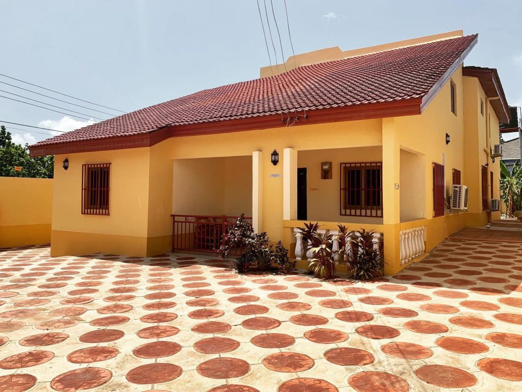LOATAD - African litterature library - Accra, Ghana